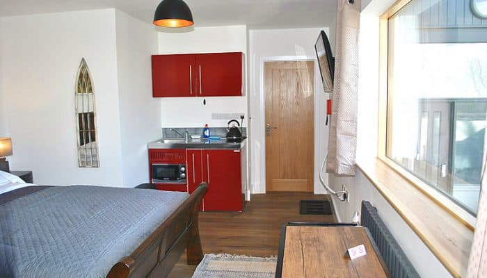 Abbot Studio Accommodation (kitchenette view)